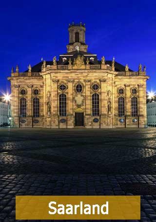 Saarland Saarbrücken nachts erleuchtet