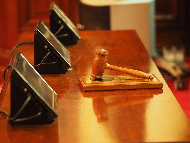 Hammer Gericht Urteil Beitragserhöhung in der PKV unwirksam